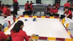 Robotics competition - All eyes on the robots!